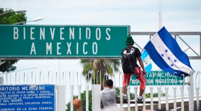 """Amplían por tercera vez restricción a """"viajes no esenciales"""" en Frontera México – EE.UU."""