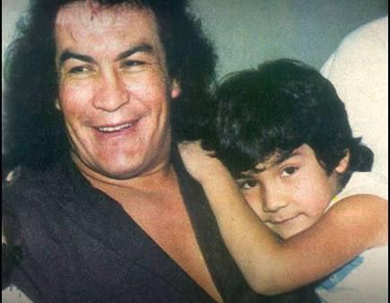 A los 73 años de edad, falleció el mítico luchador Perro Aguayo