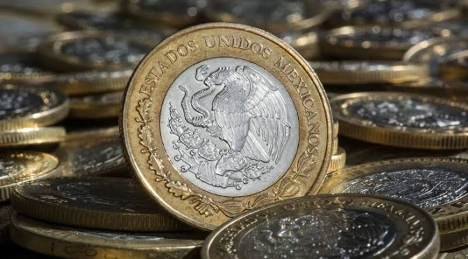 Peso mexicano cierra con depreciación durante tercer trimestre