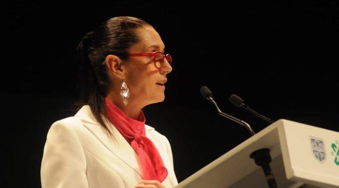 """Claudia Sheinbaum aseguró que su administración logró en su primer año terminar con """"una política de privilegios, corrupción y abusos"""""""