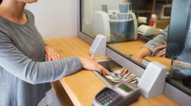 Próximo lunes no habrá actividad financiera ni bancaria