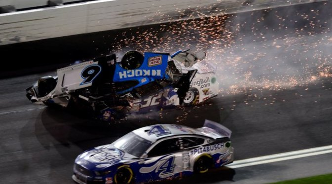 El piloto de NASCAR Ryan Newman se accidenta en las 500 millas de Daytona