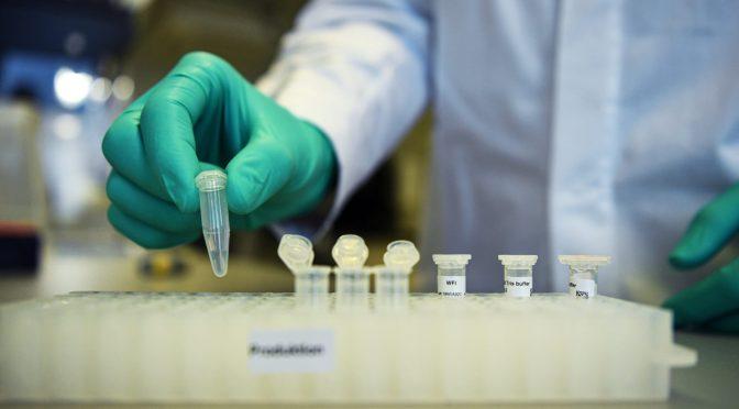 Desarrollo de vacuna de Covid-19 no es el problema, sino la producción y distribución
