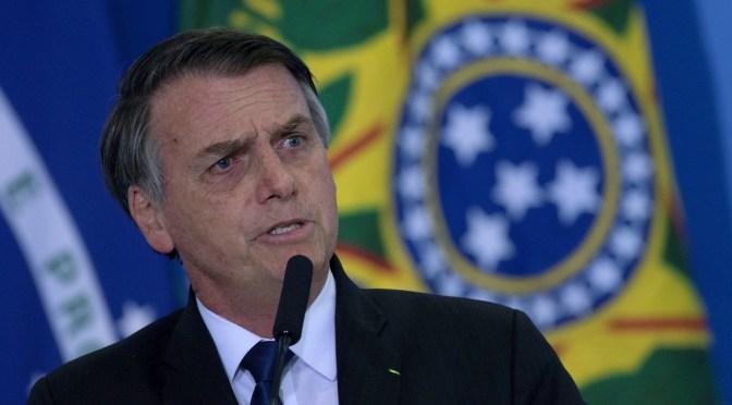 Bolsonaro pide a fuerzas de seguridad que actúen si protestas contra el gobierno superan límites