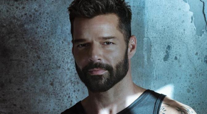 Ricky Martin relanza disco con tecnología inmersiva de sonido para audífonos