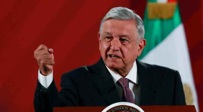 AMLO e IP acuerdan mesa de diálogo por regulación del 'outsourcing'