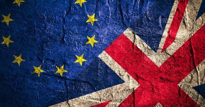 Brexit impone a la UE fecha límite para alcanzar un pacto comercial