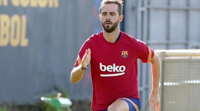 Pjanic dice estar encantado de poder jugar junto a Messi en el Barcelona