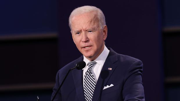 Biden desea pronta recuperación a Trump tras dar positivo a COVID-19; 'oramos por él y su familia'