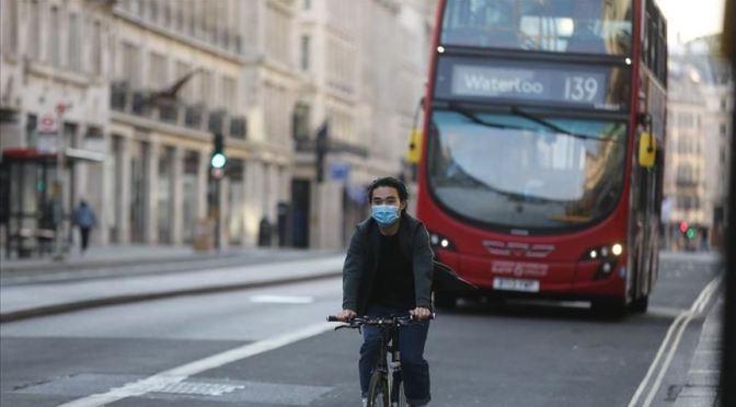 Se cuadruplican casos de coronavirus en Inglaterra