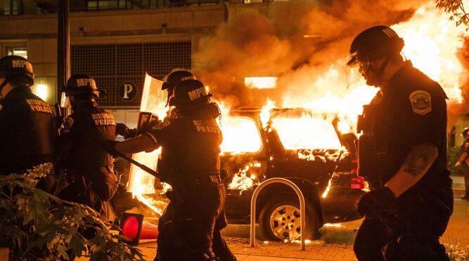Pandemia dispara violencia en EU a niveles no vistos en décadas