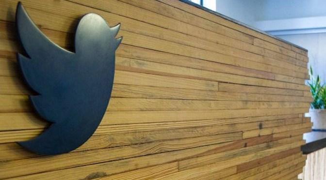 Acciones de Twitter caen 2% después de suspender cuenta de Trump