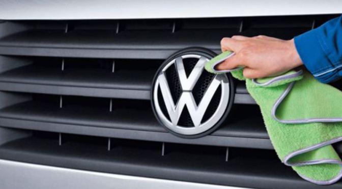 Ganancias de Volkswagen caen menos de lo que se temía