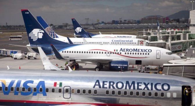 Aeroméxico solicitó terminar contratos colectivos de pilotos y sobrecargos