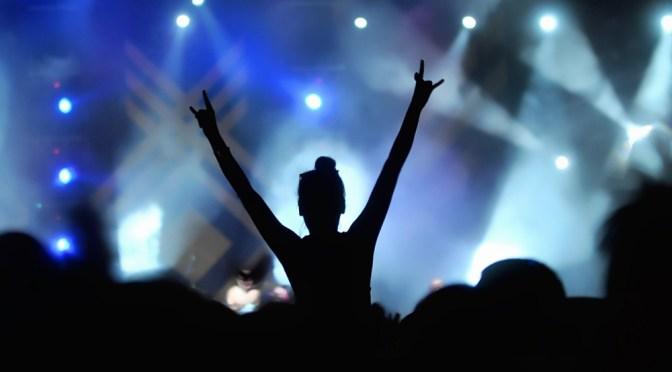 Festivales musicales de Gran Bretaña solicitan ayuda para sobrevivir por Covid-19