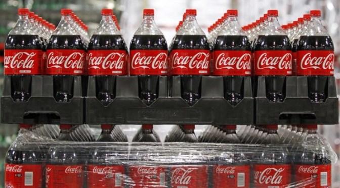 Coca-Cola espera que el crecimiento de las ventas regrese en 2021 ya que las ganancias superan las previsiones