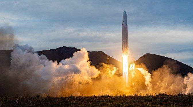 La startup de cohetes Astra se hará pública a través de un acuerdo de cheques en blanco de 2.1 mil mdd