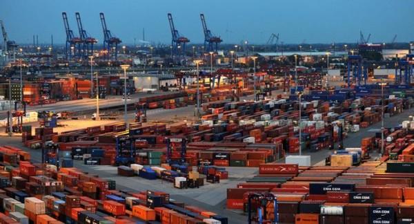 Las exportaciones alemanas suben en diciembre gracias al sólido comercio de China
