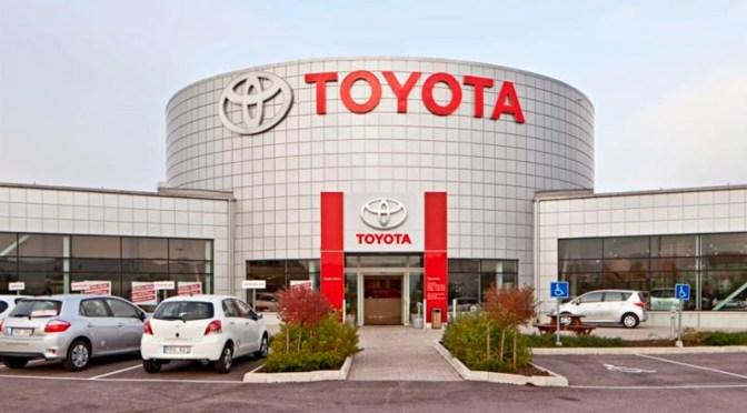 Toyota suspenderá producción de nueve fábricas en Japón debido al terremoto