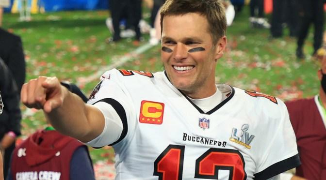 Tarjeta de novato de Tom Brady se vende por un récord de 1.32 millones de dólares