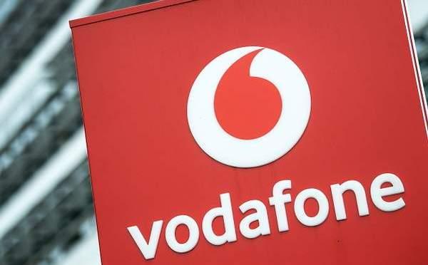 Vodafone busca recaudar hasta 3.3 mil millones en ganancias de infraestructura flotante