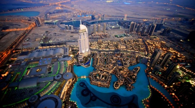 Emiratos Árabes Unidos atrae miles de millones de empresas para escalar en la clasificación de paraíso fiscal