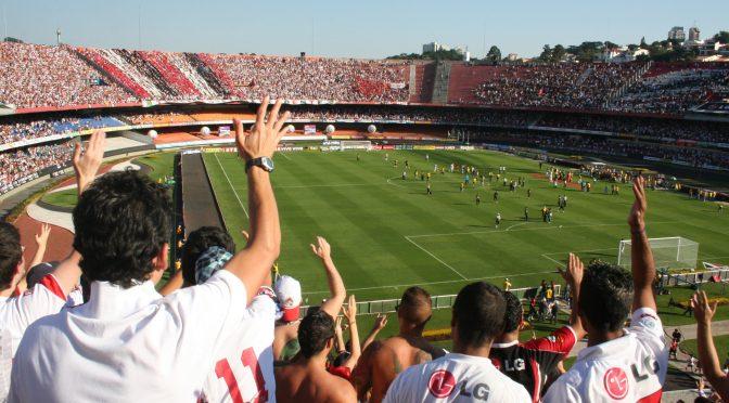 Sao Paulo suspende el fútbol a medida que aumentan las muertes por COVID-19