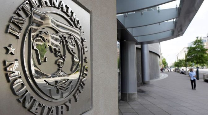 FMI ve signos de una recuperación mundial más sólida pero persisten riesgos importantes