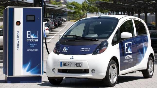 La imagen se ilumina para los vehículos eléctricos comerciales ante la creciente demanda de los clientes