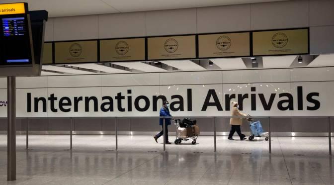 Francia suspende vuelos con Brasil por variantes del COVID