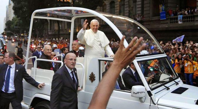 Papa Francisco obtendrá el primer papamóvil eléctrico de la firma estadounidense Fisker