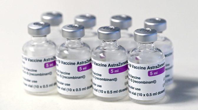 AstraZeneca admite retraso en producción de vacuna para Latinoamérica