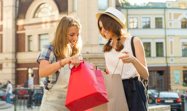 Comportamiento económico y de consumo de los adolescentes: Martínez – Análisis
