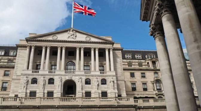 Banco de Inglaterra no ve ola de bancarrota derivada del COVID-19