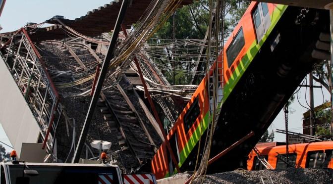 Aumentan a 26 los muertos por colapso del metro