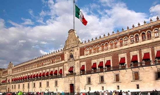 Por qué importan las instituciones en el crecimiento de un país: Martínez Solares – Análisis