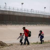 México tiene como objetivo aliviar las restricciones fronterizas a medida que avanzan las vacunas