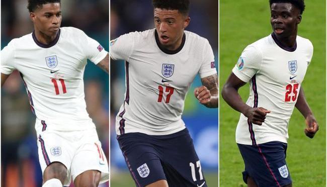 Jugadores negros de Inglaterra se enfrentan a abusos raciales después de la derrota de la Eurocopa 2020