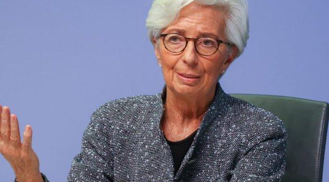 Recuperación de la zona del euro sigue siendo frágil: Lagarde