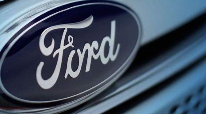 Ford enmienda los estatutos para adoptar un lenguaje neutro en cuanto al género
