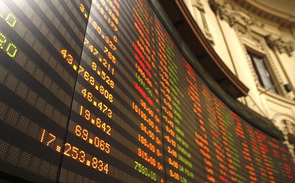 Las acciones caen, China va contra los gigantes tecnológicos, el petróleo alcanza un máximo de 6 años, el oro se recupera,  El Bitcoin se hunde: OANDA – Análisis