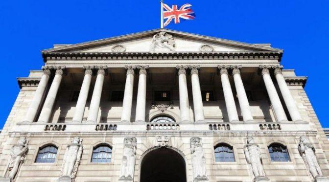 Banco de Inglaterra facilitará que los pequeños prestamistas impulsen la competencia