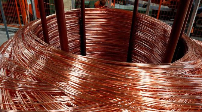 Precios del cobre caen tras declaraciones de la FED de endurecer la política monetaria