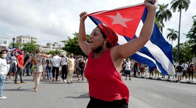 Cuba levanta restricciones aduaneras de alimentos y medicinas después de protestas
