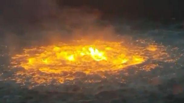Tormentas eléctricas y presencia de gas en superficie del mar, ocasionaron incendio en la Sonda de Campeche
