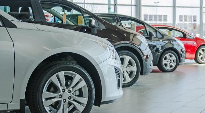 Ventas de automóviles de China cayeron por tercer mes consecutivo en julio