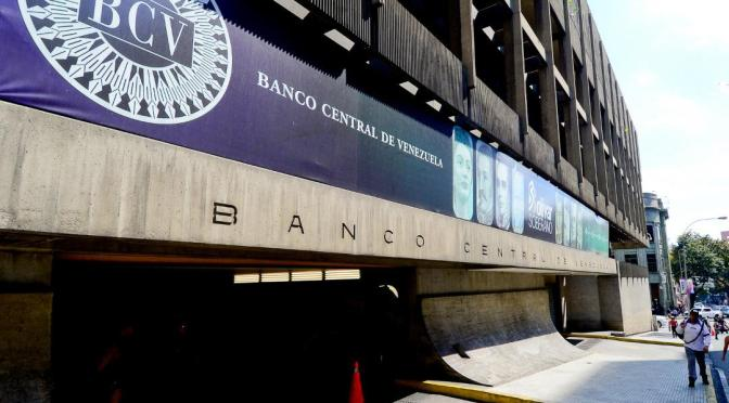 Banco central de Venezuela informa de un aumento de 5,000 millones de dólares en reservas internacionales