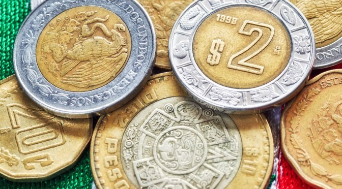 El peso mexicano anticipa una apertura ligeramente positiva, de nueva cuenta ubicándose por debajo de $19.90: gordillo – Análisis