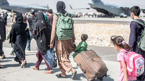 Aeropuerto de Kabul reanuda algunos vuelos internos