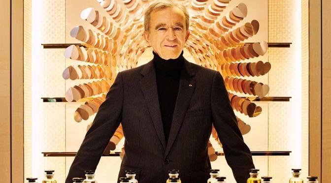 Multimillonario francés Bernard Arnault corta lazos con el heredero de Paris Match Lagardere